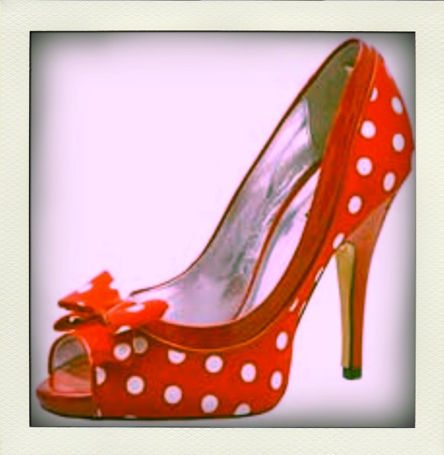 We heart polka dot peep toe heels (these ones from dune.co.uk)